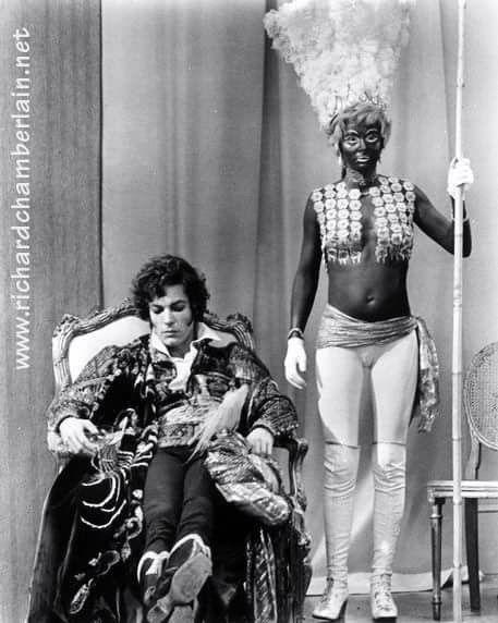 Richard Chamberlain and Sarah Miles: Lady Caroline Lamb.