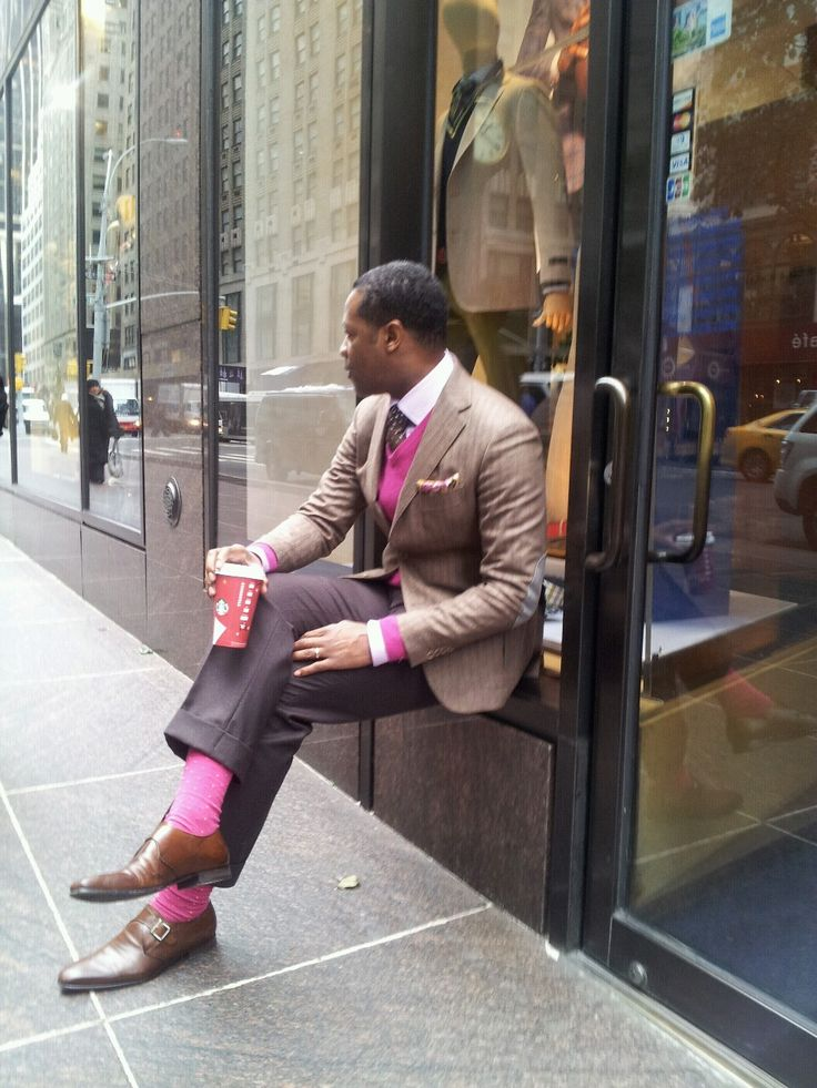 My favorite Suit with matching Trousers and shoe..Now let's see how my girl friends would react to me wearing a cool Pink Socks to match !! haha..