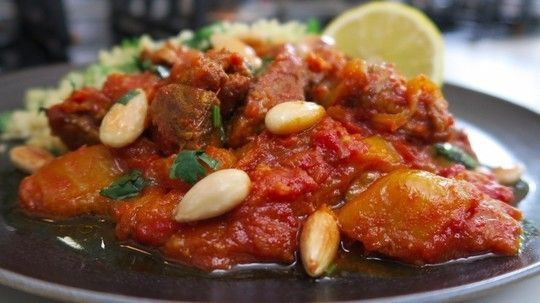 Nadia Sawalha is back with another super simple dish for the whole family! This time she's inviting us into her kitchen to demonstrate a homemade lamb tagine. Yum!