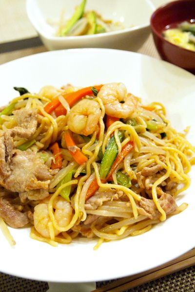 【中華料理】「簡単中華☆上海風焼きそば」で晩ごはん。&西から届いた春のお便り。