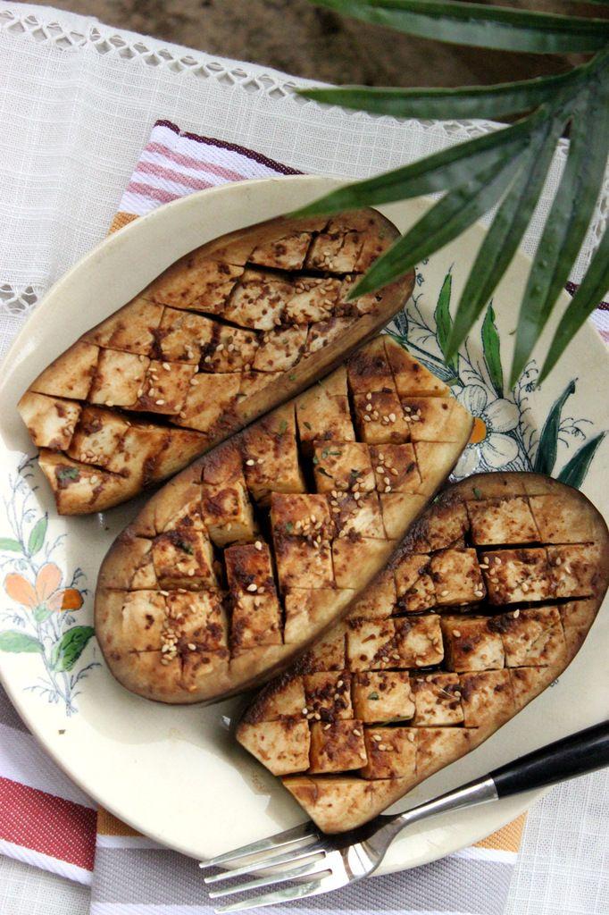 Aubergines vapeur à la sauce soja et au miso