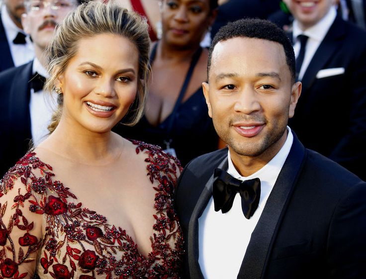 Sports Illustrated Swimsuit Cover Model Chrissy Teigen Wishes She Could Be an Airline Blogger - View from the Wing Sports Illustrated Swimsuit Cover Model Chrissy Teigen Wishes She Could Be an Airline Blogger