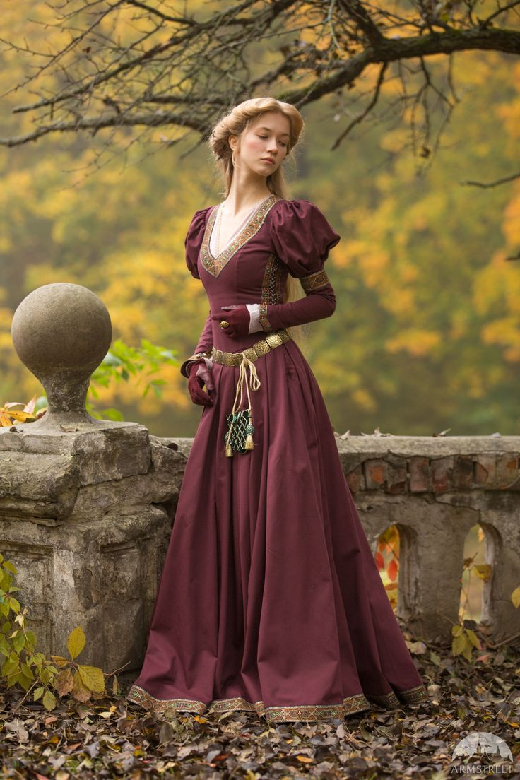"""Princess in Exile"" dress. Available in: dark blue cotton, green cotton, white cotton, black cotton, blue cotton, burgundy cotton, blue rowena trim, red rowena trim, green sleeves trim, princess in exile trim :: by medieval store ArmStreet"