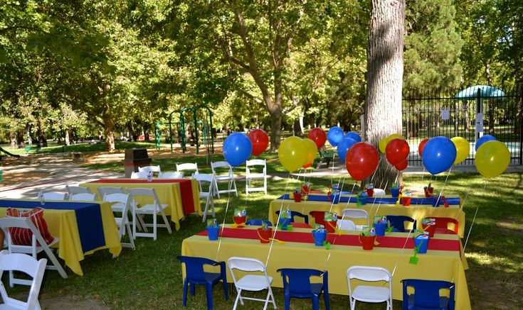 Little Einsteins Party Set Up