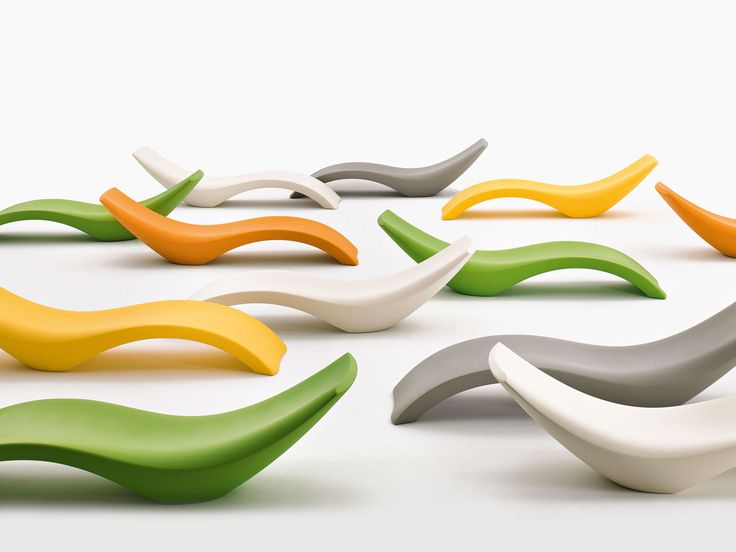 Myyour | Cloe - sun chair (is made with polyethylene and it was designed for outdoor spaces) | design by Moredesign.