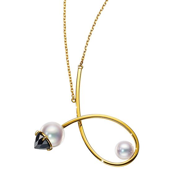 Tasaki, Refined rebellion vault pendant, yellow gold, Akoya pearl, black spinel