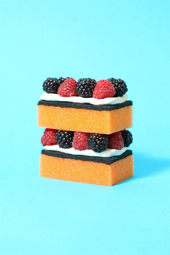 VANESSA MCKEOWN — Sponge Cake: