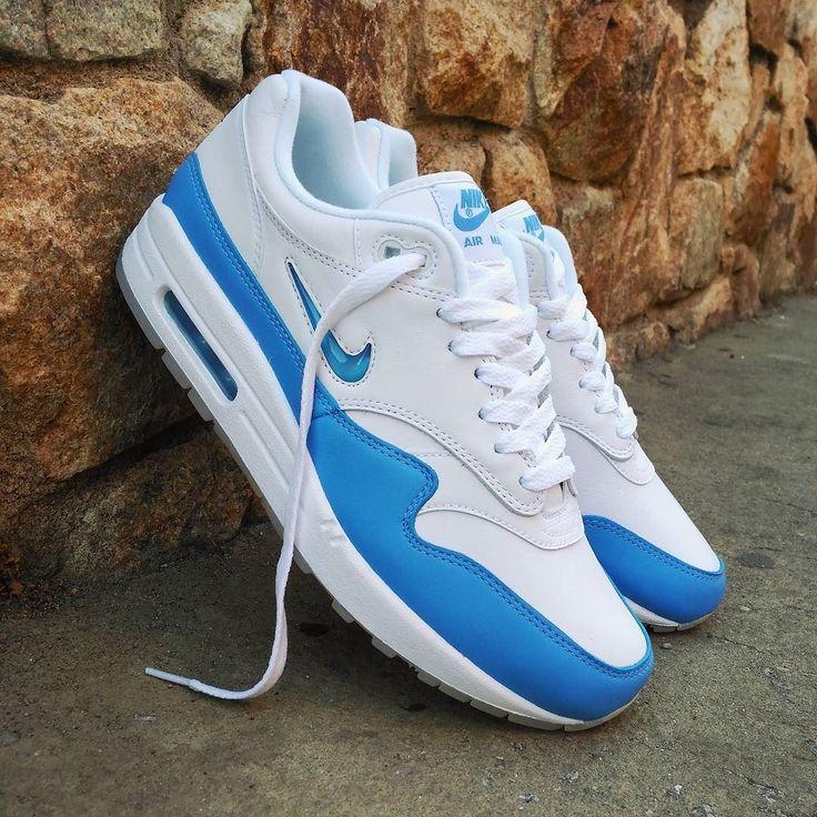 "Nike Air Max 1 Jewel ""Carolina Blue"" Size Man - Precio: 139 (Spain Envíos Gratis a Partir de 99) http://ift.tt/1iZuQ2v  #loversneakers#sneakerheads#sneakers#kicks#zapatillas#kicksonfire#kickstagram#sneakerfreaker#nicekicks#thesneakersbox #snkrfrkr#sneakercollector#shoeporn#igsneskercommunity#sneakernews#solecollector#wdywt#womft#sneakeraddict#kotd#smyfh#hypebeast#nikeair#airmax1#am1 #nike #airmax"