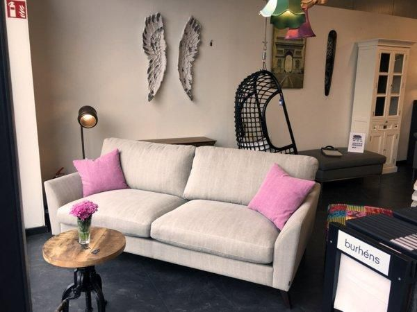 italienische designermobel minimalistischer ausfuhrung. Black Bedroom Furniture Sets. Home Design Ideas