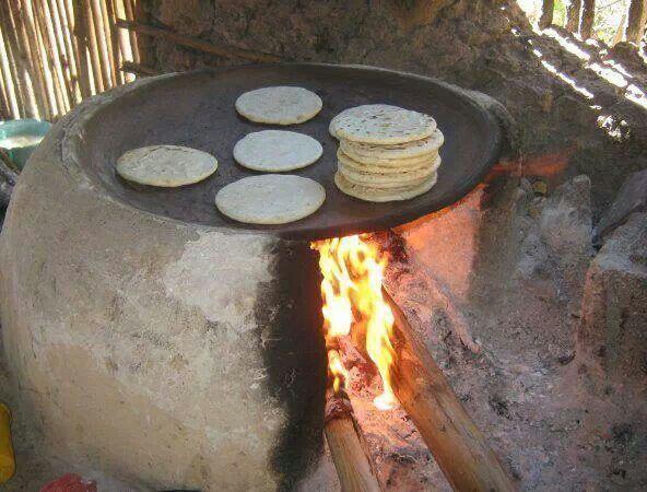 Tortillas en el comal