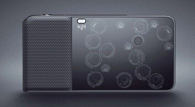 L'entreprise Light s'apprête à sortir le L16, un appareil photo compact sous Android qui fonctionne grâce à 16 capteurs CMOS. Les appareils photo ont tenda