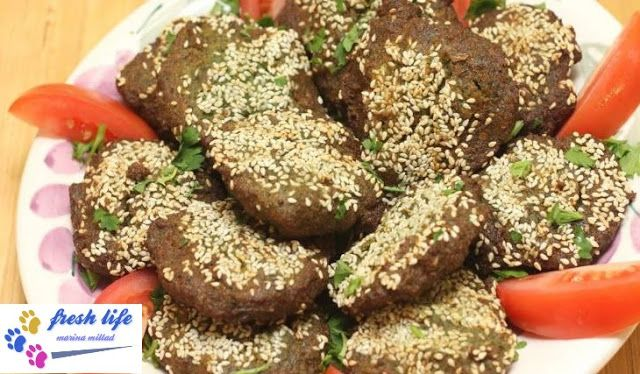 Taste Method Without Disturbance At Home Tomato And Falafel طريقه الطعميه بدون كبه في البيت Food Desserts Doughnut