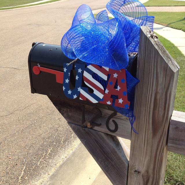 4th mailbox decor God bless America