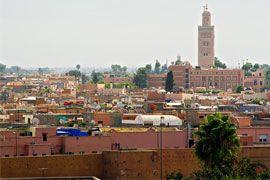 Ex-colônia francesa, Marrocos ostenta uma ampla diversidade de paisagens naturais, além de monumentos tombados pela Unesco e belas cidades imperiais de cultura muçulmana.