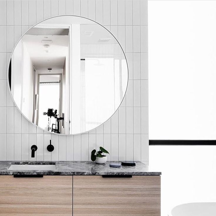 """502 Likes, 5 Comments - Dot➕Pop Interiors - Eve Gunson (@dotandpop) on Instagram: """"Circle bathroom mirrors are beautiful and soften what can become a harsh room due to tones,…"""""""