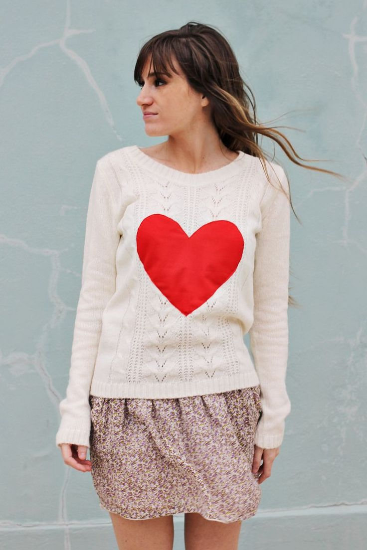 Ad easy details to plain sweaters- A Beautiful Mess.... Lots of grelt ideas ón this blog