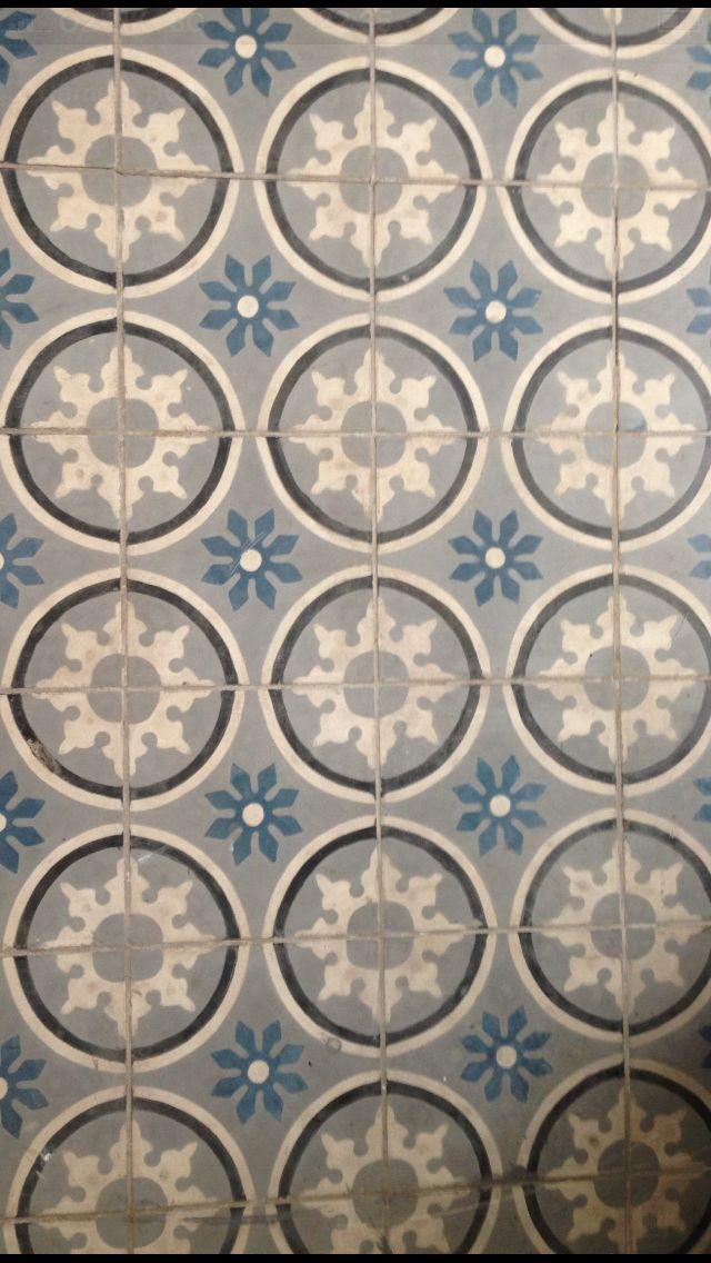 encaustic floor tiles at emerie et cie