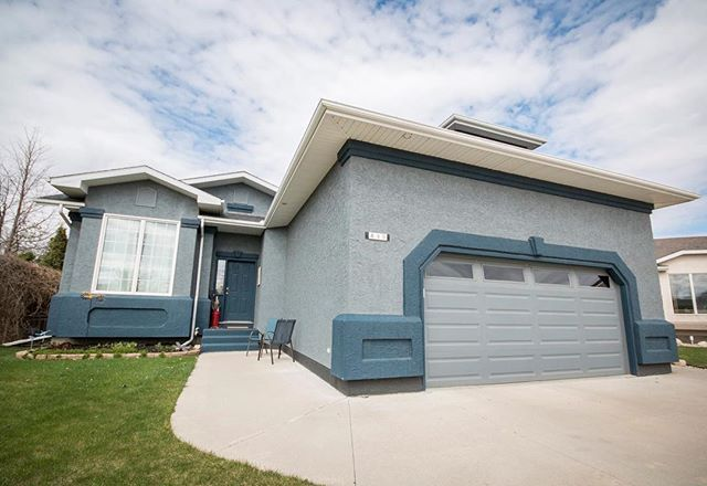 '**HUGE PRICE REDUCTION** NEW PRICE:$450,000! (Reduced $15,000)  849 Derksen Place🏡 Martensville|SK|MLS#:608686|  This beautiful, fully developed 5 bed, 3 bath 1250 sq. ft. bungalow (with 2 DOUBLE GARAGES) is tucked away on a quiet cul-de-sac in Martensville. Some of the Upgrades include, porcelain tile & hardwood flooring, main floor windows replaced, new double doors to back yard, shingles, updated furnace and hot water tank, quartz kitchen counters & new custom made island. The list…