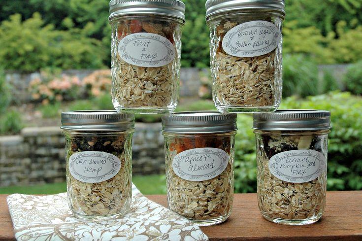 6 Mason Jar Oatmeal Recipes (1. apple cinnamon, 2. apricot-almond, 3. maple brown sugar & golden raisins, 4. cranberry, almond & hemp, 5. fruit & flax, 6. currant, pepita & flax)...JUST ADD WATER & SHAKE!!