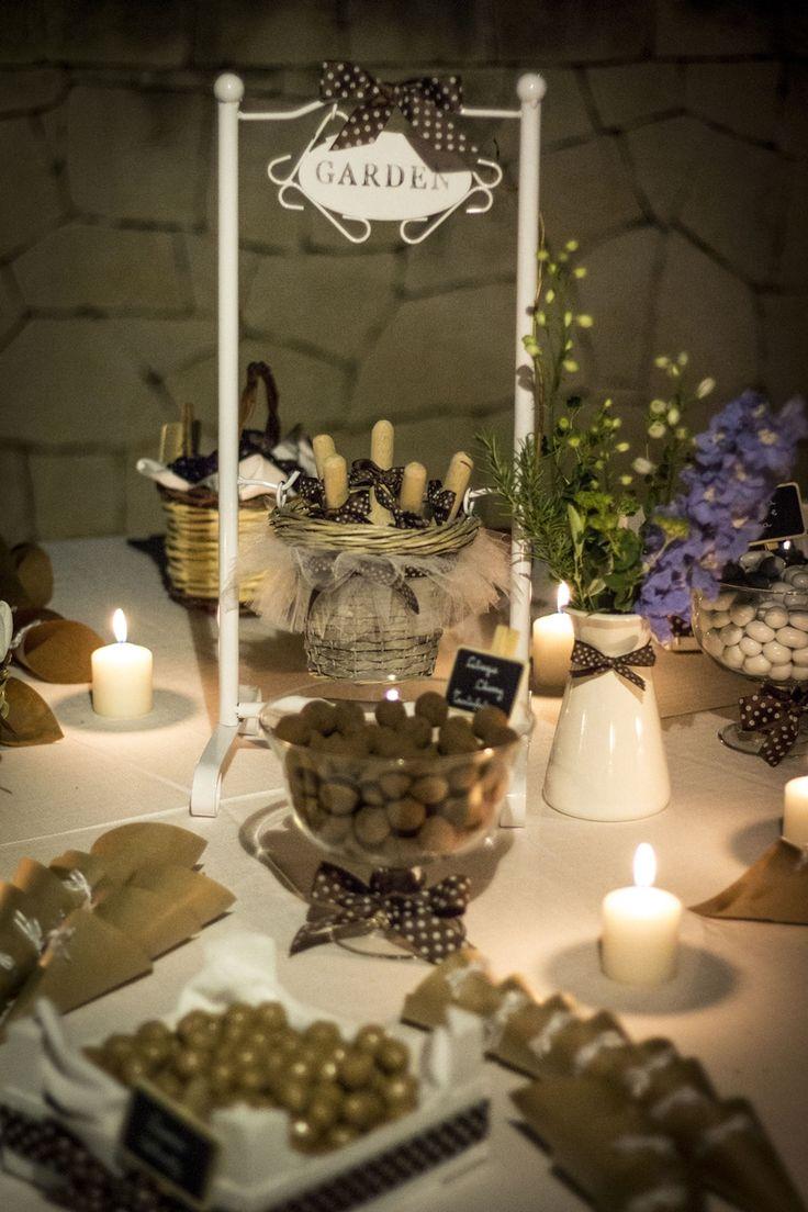 You can bring your loved anywhere in the world or keep her inside you.  <3  An idea to set the angle of cakes tasting at Masseria I Monitilli.  <3  Puoi portare la persona che ami ovunque nel mondo oppure tenerla dentro te.  <3  Un'idea per allestire l'angolo di degustazione dei dolci a Masseria I Monitilli. #countrywedding #wedding #weddingcakes #masseria #apulia #weddingapulia