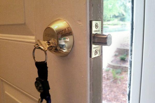 25 Best Ideas About Front Door Locks On Pinterest Door Locks Entry Door Locks And Finger