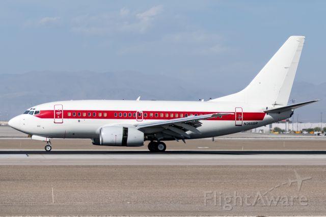 Boeing 737-600 (N365SR) at KLAS