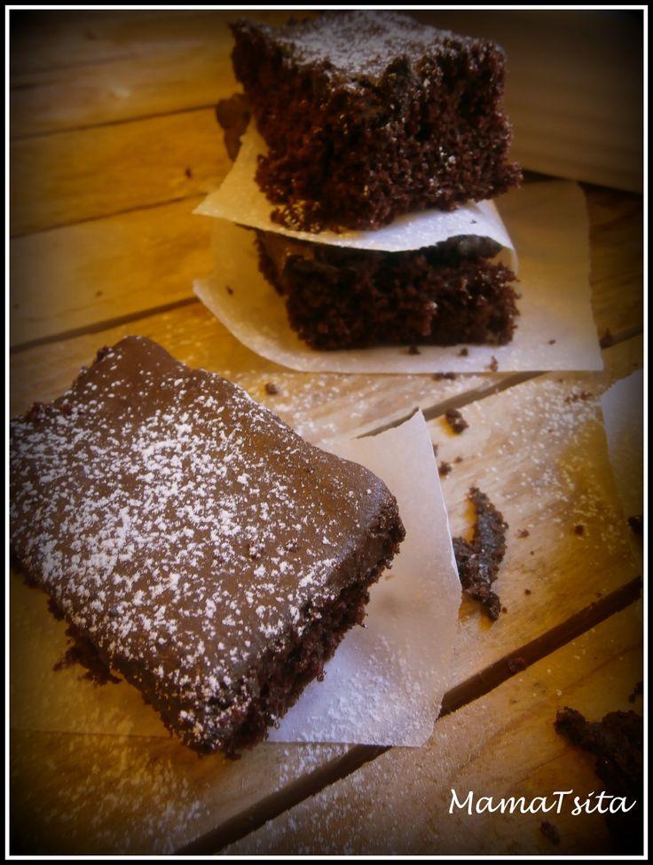 chocolate cake (no milk no eggs required)