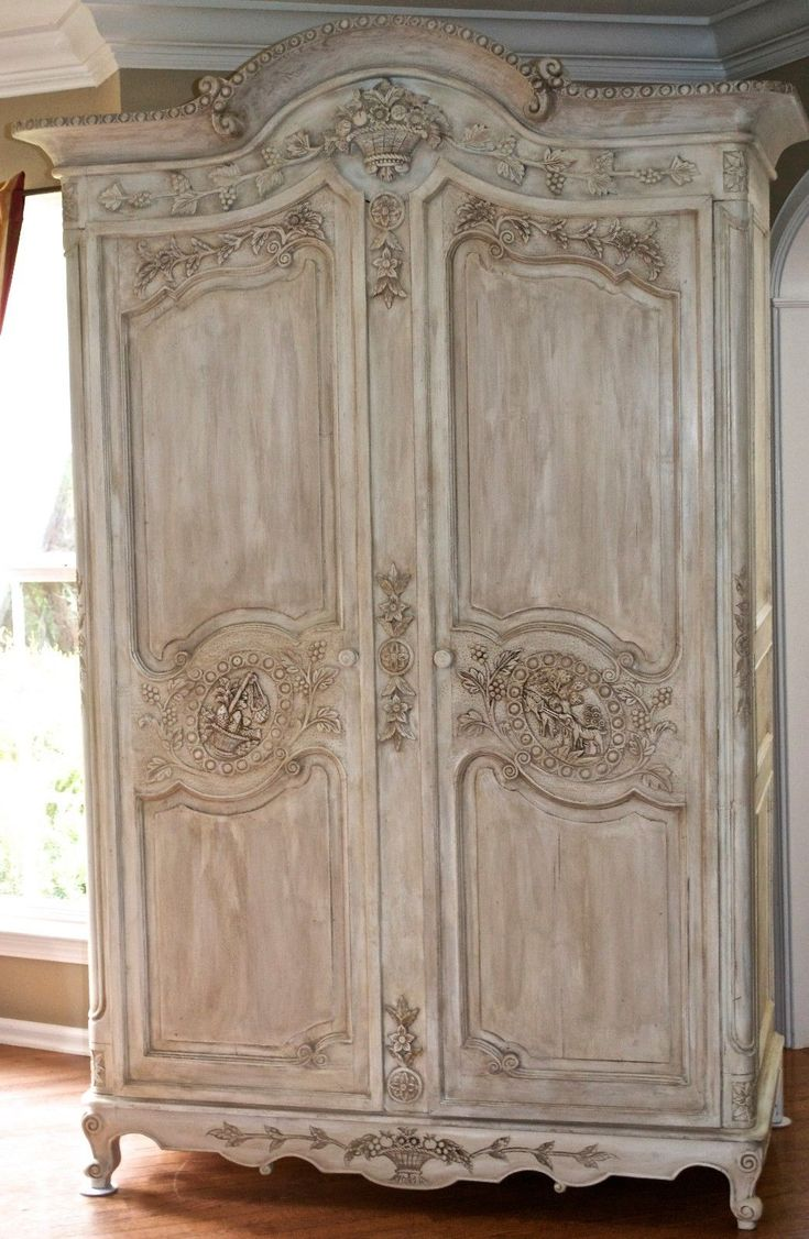 Antique French Armoire Louis XV Wedding Armoire/Wardrobe