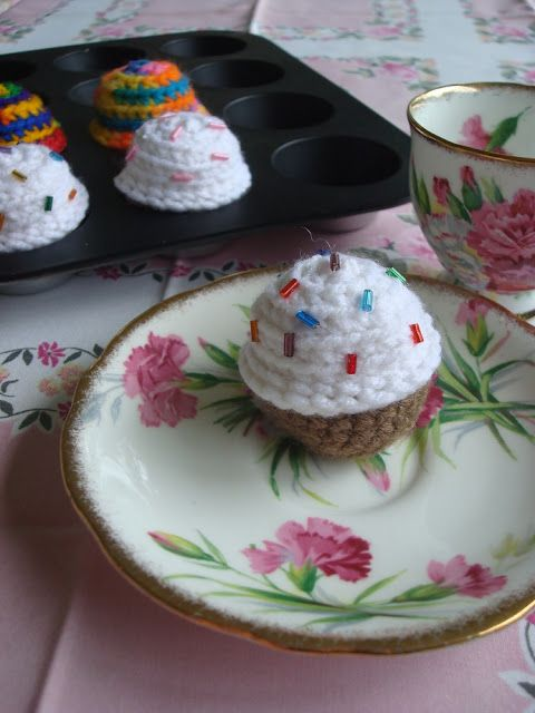 Crocheted Mini Birthday Cupcakes - FREE Crochet Pattern and Tutorial by NyanPon's Knits and Crochet