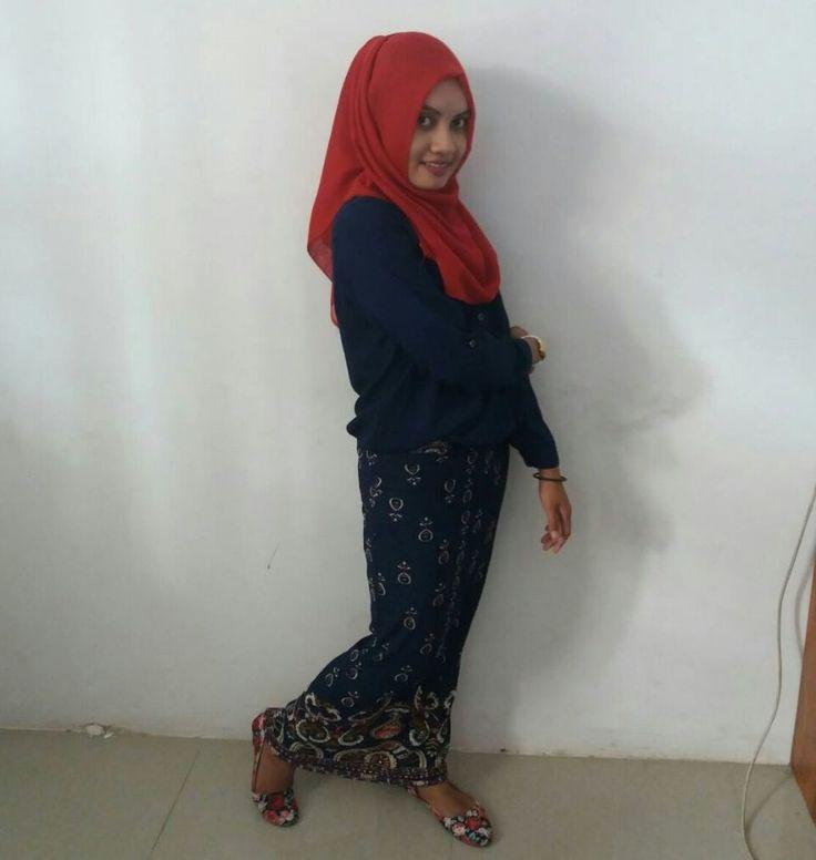 Pengorbanan Irna Sasmita Putri Demi Menjadi Dokter http://malangtoday.net/wp-content/uploads/2016/12/WhatsApp-Image-2016-12-31-at-12.34.34.jpeg MALANGTODAY.NET – Irna Sasmita Putri, gadis yang menempuh pendidikan dokter di salah satu kampus di Kota Malang. Ia bercerita tentang perjalanannya menjadi mahasiswa. Dulu waktu pertama kali masuk lobi kampus kedokteran, ia berfikir berbakal sibuk berkutat dengan buku-buku tebal dan... http://malangtoday.net/rubrik/story/pengorb