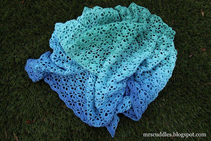 Mrs. Cuddles: Unicat Shouthbay shawl crochet