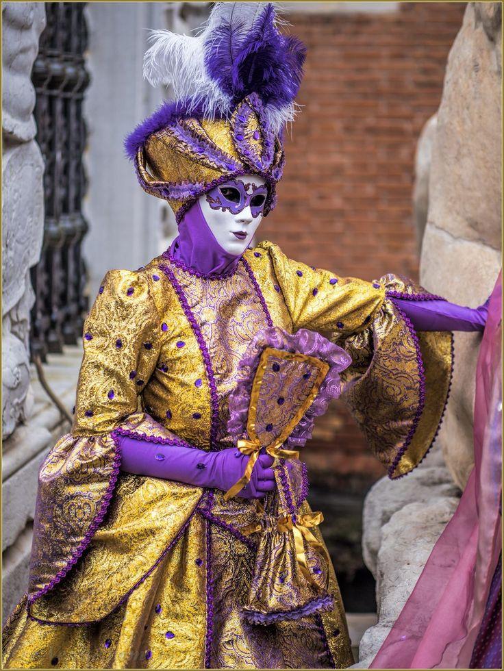 17 meilleures id es propos de carnaval de venise sur pinterest masques v nitiens masques et. Black Bedroom Furniture Sets. Home Design Ideas