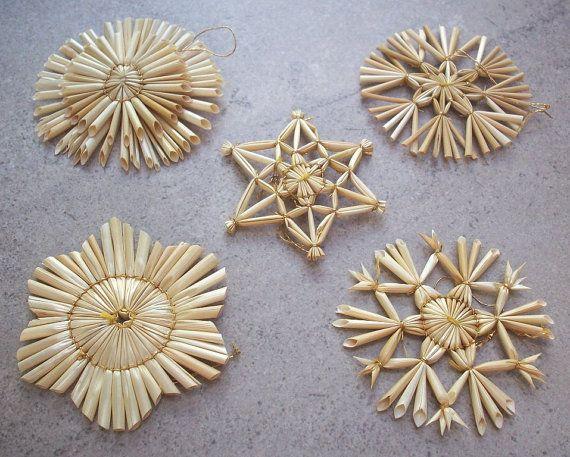 Vintage Straw Ornaments by nenafayesattic on Etsy, $30.00