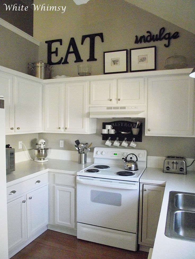43 best images about white appliances on pinterest stove for Small eat in kitchen decorating ideas