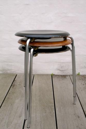 Arne Jacobsen stool