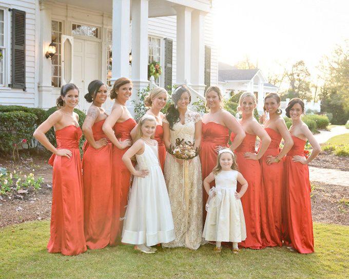 Madrinhas com vestidos iguais