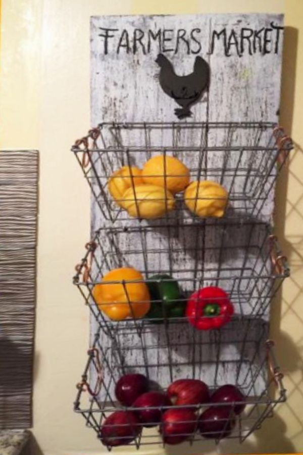 Diy Hanging Fruit Basket Ideas And Pictures Unique And Easy Wall Mounted Fruit Baskets Clever Diy Ideas Diy Vegetable Storage Hanging Fruit Baskets Fruit Storage
