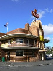 Ancien United Kingdom Hotel (1937-1938) Clifton Hill, Melbourne, Australie. Architecte : James Hastie Wardrop.