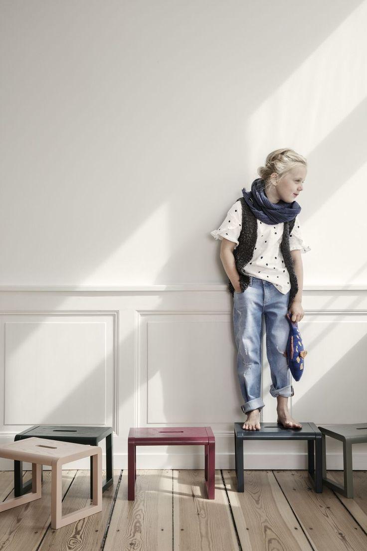 Ferm Living Little Architect Hocker Rose Indoor Kinderzimmer Mobel Hocker Und Kindertisch