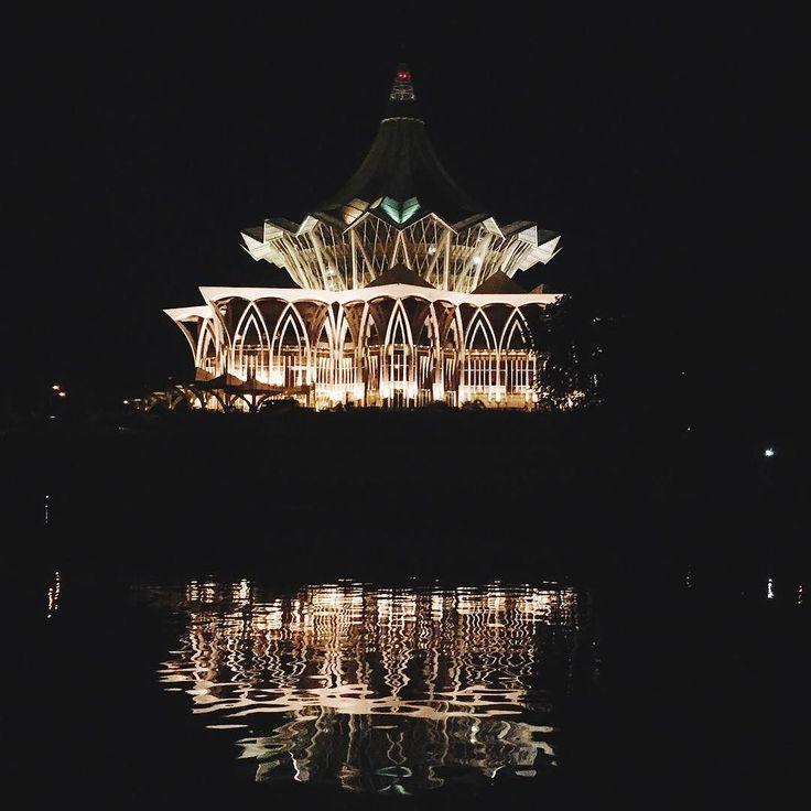 #latergram #kuching #sarawak #malaysia #iphone #vsco #vscocam #vscogood #reflection