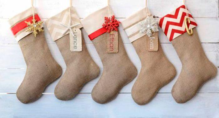 Adornos navideños con tela de arpillera