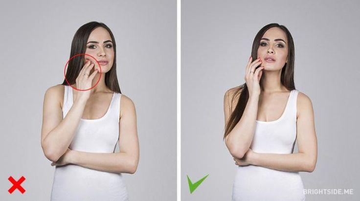 occhio a toccarvi la faccia: fatelo dolcemente e aprite leggermente la bocca, creerà un effetto interessante