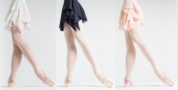 Наши воздушные юбочки...🌪 На очаровательных ножках Жанны Губановой Фото Алисы Аслановой Our air skirts... On charming legs by Zhanna_Gubanova🌷 Photo 📷 by Alisa Aslanova ❤ #balletwear #balletmaniacs #russianballet #balletskirt #pointeshoes #colors #fashion #balletbeautifulgirls #worldwideballet #dancewear
