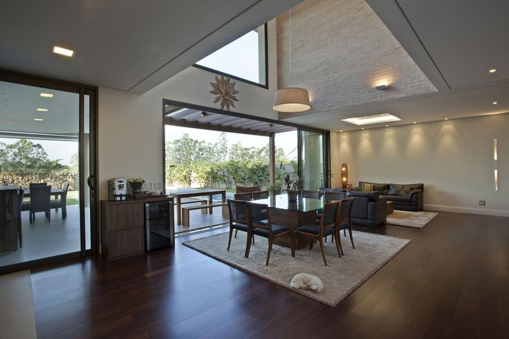 Residencia DF is located in São Paulo, Brazil and was designed byPupo Gaspar Arquitetura. The home is all warm elegance, with rich woods and earthy colors all around. Photos courtesy of Pupo Gaspar Arquitetura Share your Thoughts