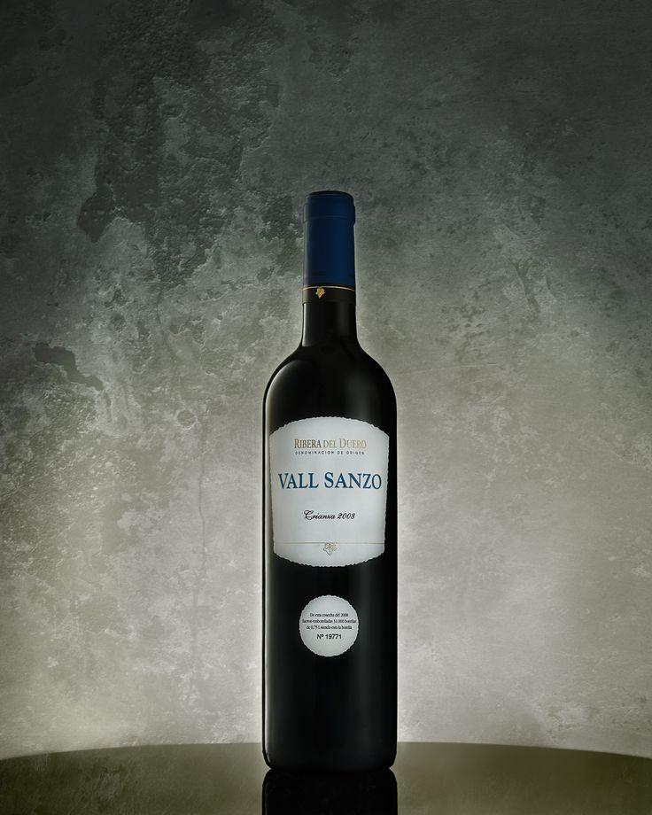 Bottle of Red Wine, Vall Sanzo, Crianza 2008, Ribera del Duera DO, Javier Rodríguez