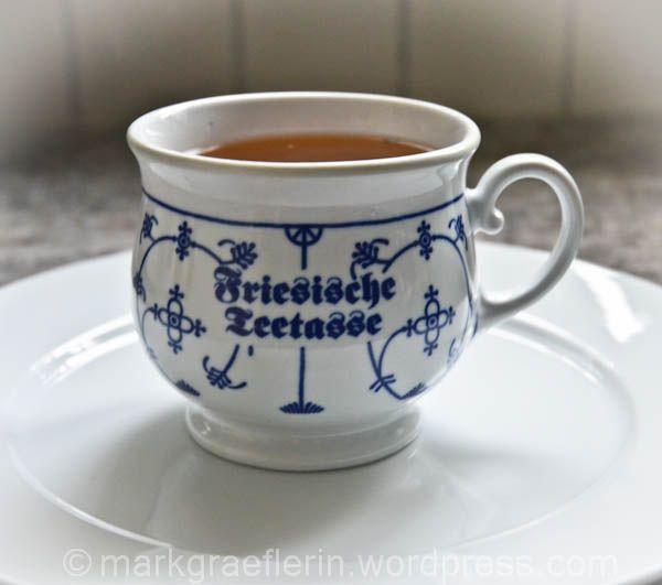 """Es ist wieder mal Zeit, eine meiner Tassen vorzustellen: meine große, """"Friesische Teetasse"""" mit typischem Muster. Der Inhalt: ganz frischer Anis-Kümmel-Fenchel Tee Das Mischungsverhältn…"""