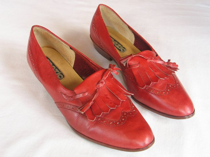 Connie Shoes Size 8 M Red Slip On Leather Shoes