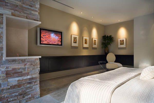 Camera da letto con camino in travertino, travertino in pietra, stanza da letto, travertine fireplace, bedroom,  read more on http://italystonemarble.com/2014/12/16/camini-in-travertino-moderni/