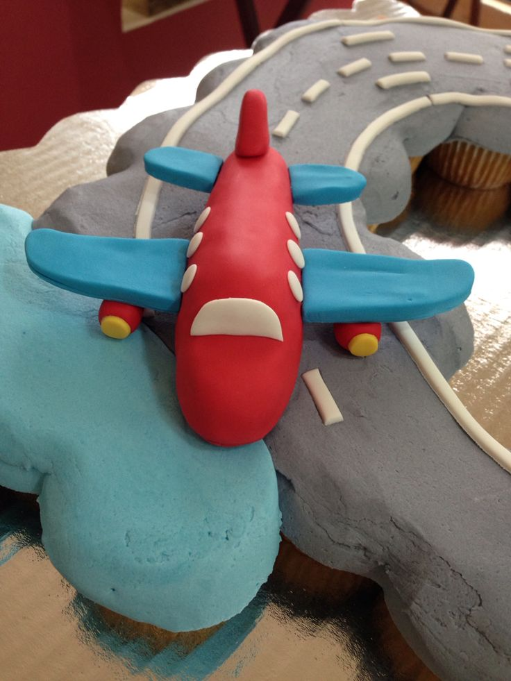 airplane cupcakes airplane party summer treats cupcake cakes shower ...