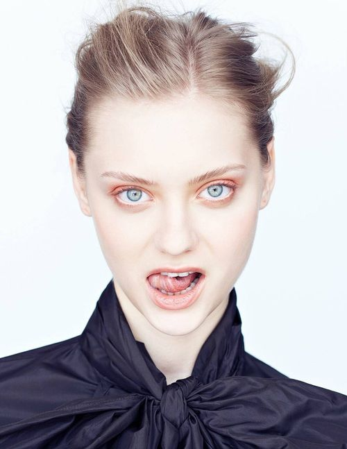 pose, Super Model, and vampire image